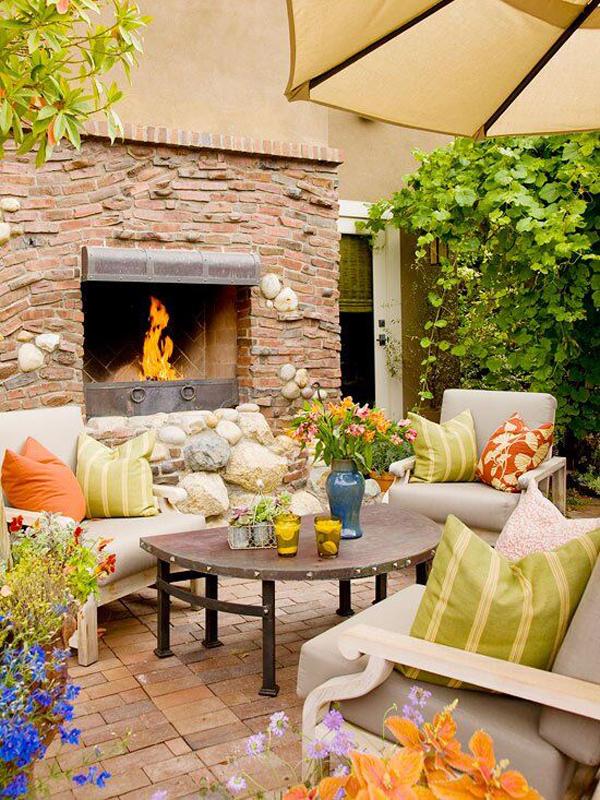 summer-outdoor-fireplace-decor