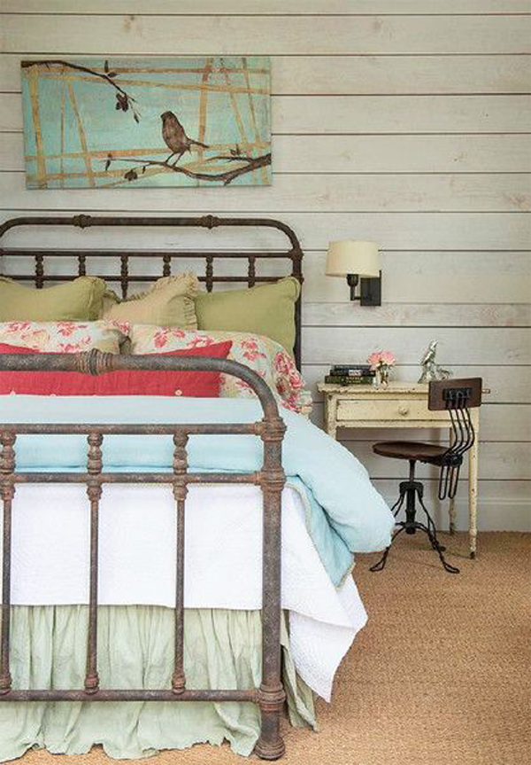 vintage-bedroom-decor-with-home-office