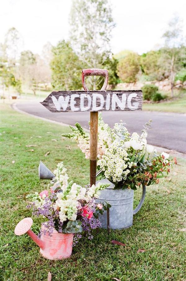 vintage-wedding-sign