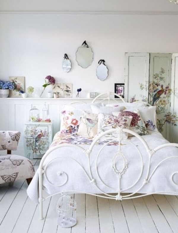 vintage-iron-beds