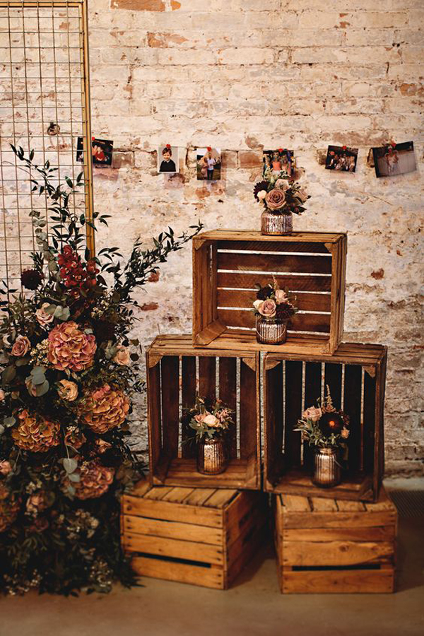 wooden-crate-weddings