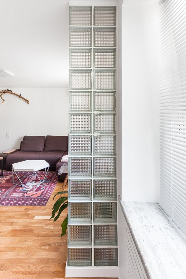 awesome-glass-block-living-room-dividers