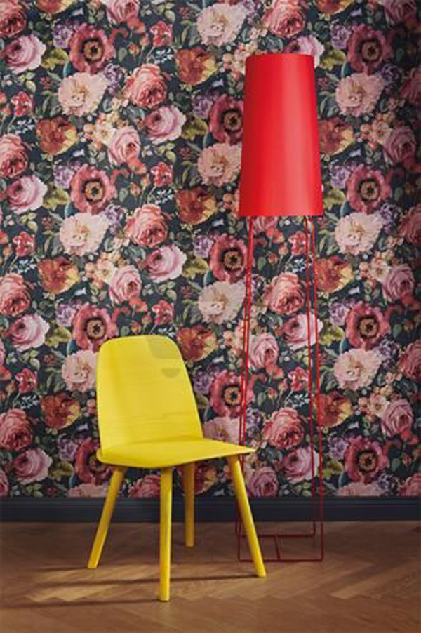 beautiful-floral-wallpaper-with-reading-nook