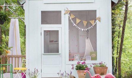 beautiful-outdoor-kids-playhouses