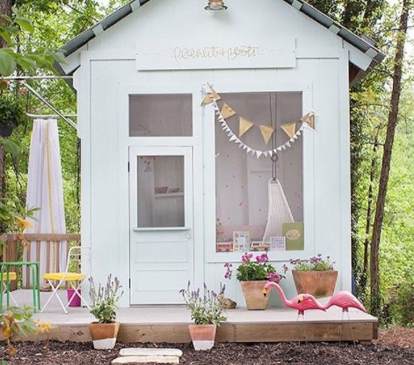22 Awesome Kids Playhouses To The Backyard Next Level