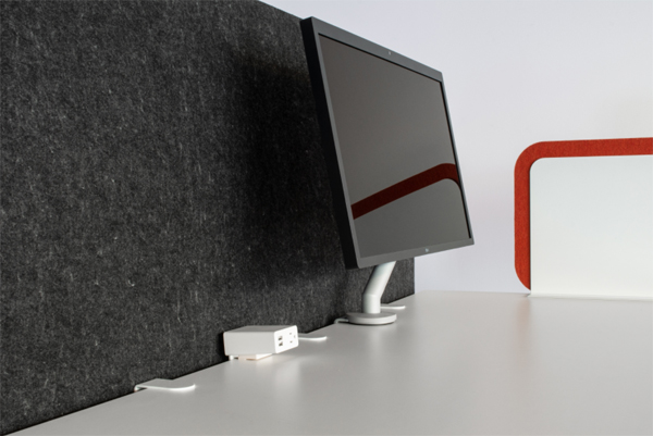 black-desk-divider-design