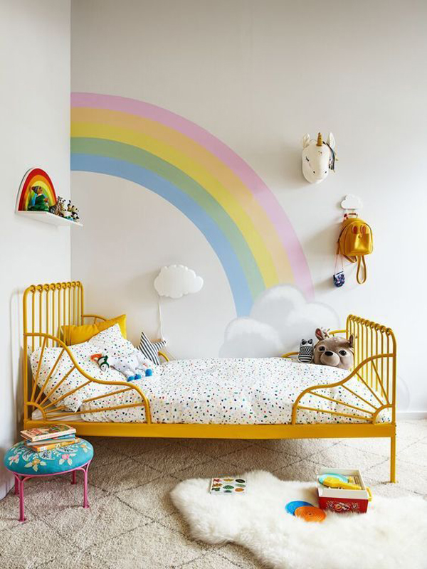 bright-rainbow-themed-bedroom-ideas