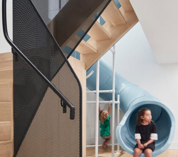 The Walker: Fun Family Home With Giant Blue Slide