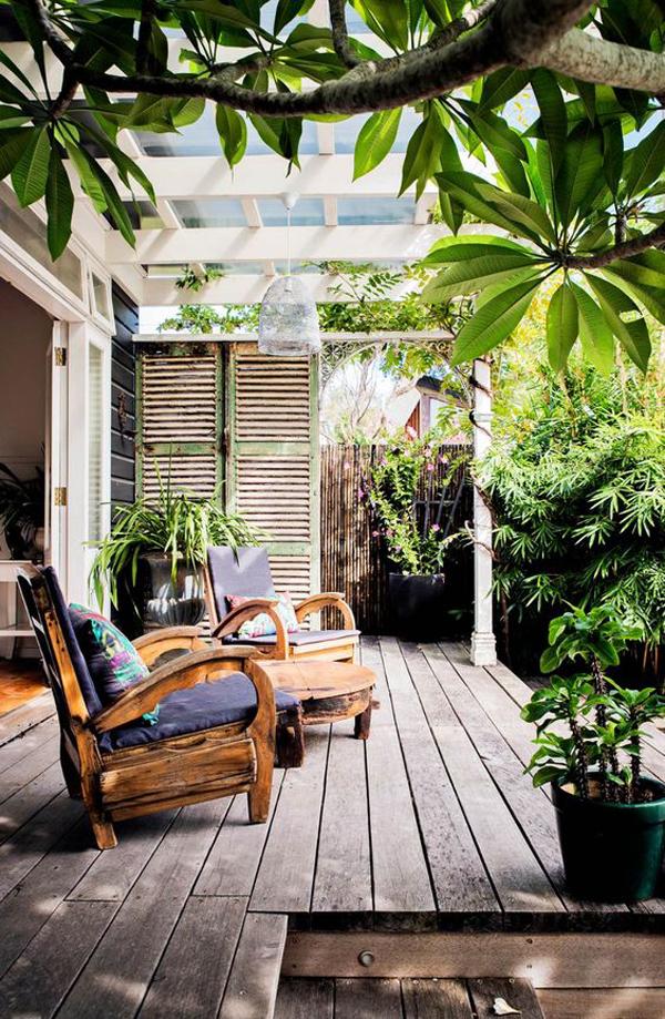 cottage-style-wood-veranda-with-garden-view