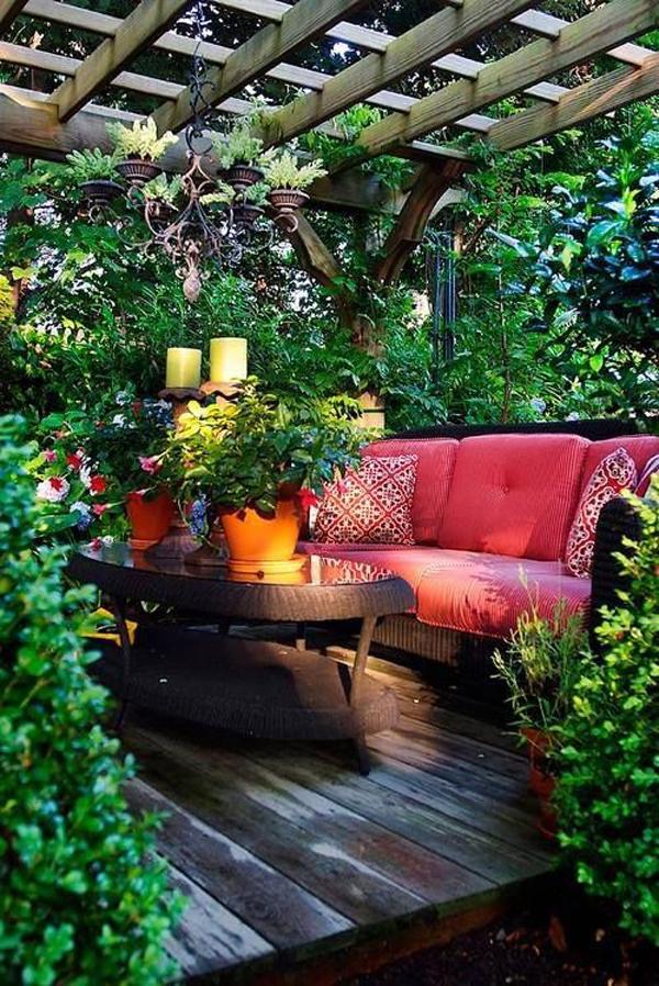 cozy-outdoor-garden-nook-with-decking