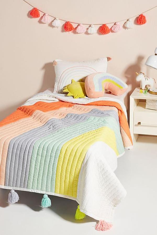 cozy-rainbow-bedding-ideas