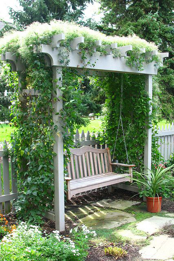 cozy-swing-garden-for-relaxing