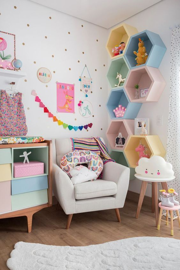 cute-bedroom-with-rainbow-reading-nook
