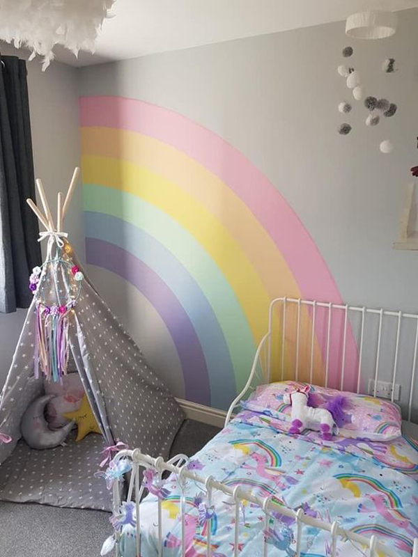 cute-girl-bedroom-ideas-with-rainbow-accents