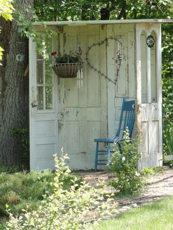 gorgeous-diy-shed-for-garden-nook