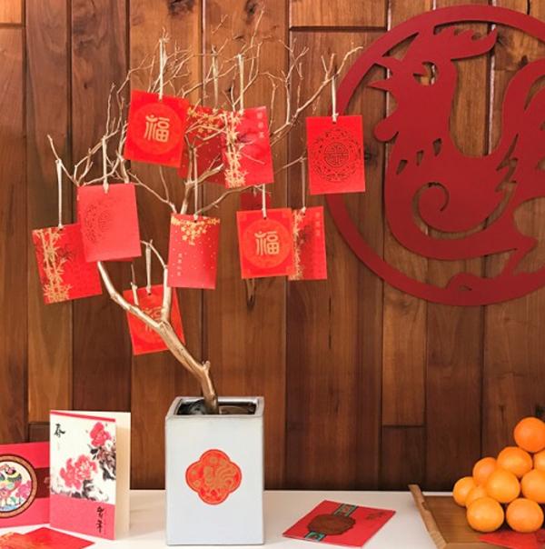 money-three-chinese-new-year-decor
