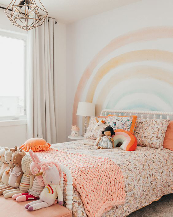 rustic-rainbow-themed-bedroom-for-little-girl