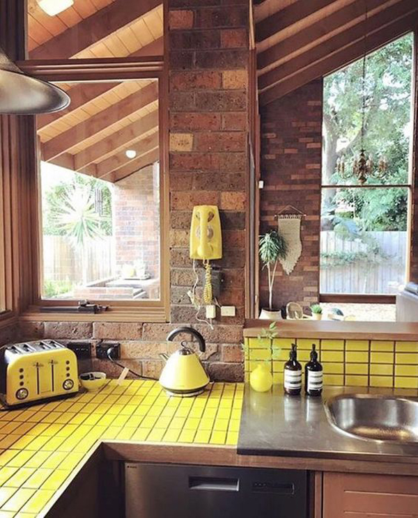 simple-pastel-yellow-kitchen-makeover