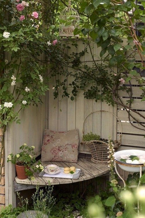 small-garden-corner-for-your-relaxing