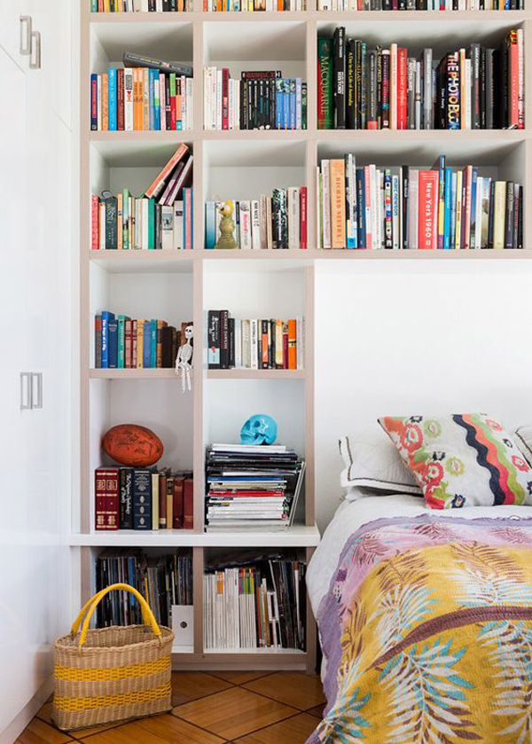 styliah-home-library-design-in-the-bed