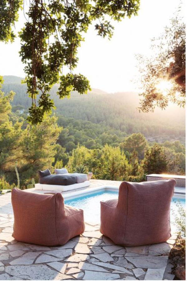 swimming-pool-bean-bag-chairs