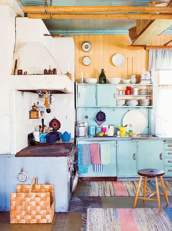 vintage-pastel-kitchen-arrangement