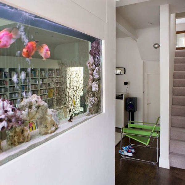 beautiful-double-sided-aquarium-for-open-concept