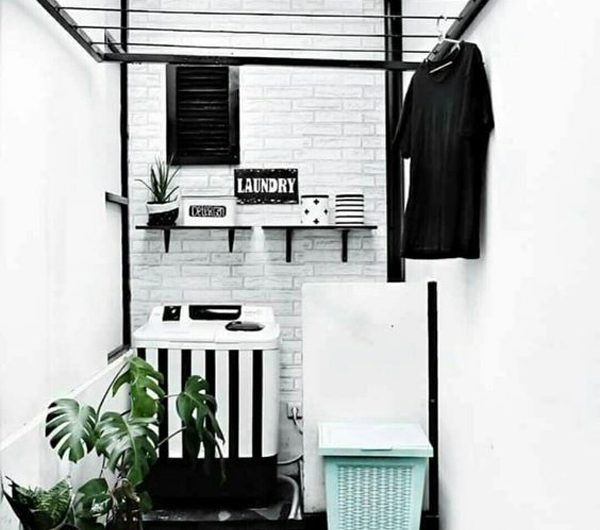 20 Indoor/Outdoor Laundry And Drying Room Ideas