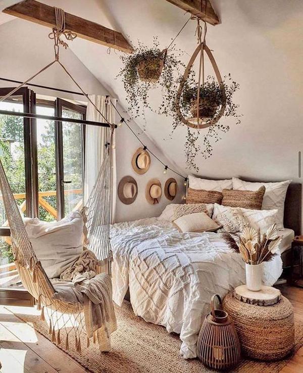 bright-boho-bedroom-ideas-with-hammock