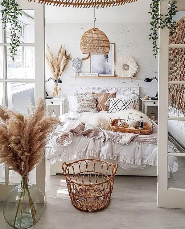 bright-boho-bedroom