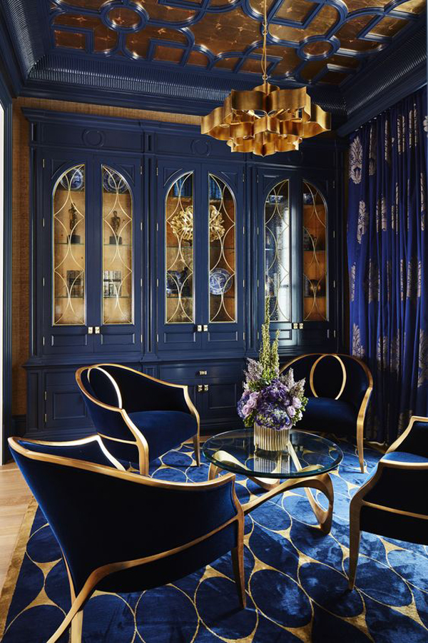 dark-blue-room-with-gold-color