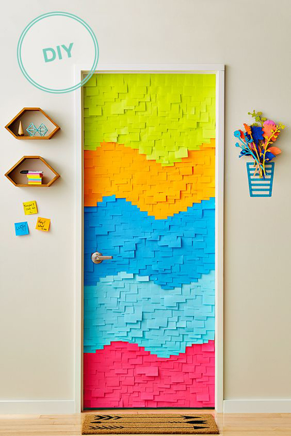 diy-sticky-notes-door-decoration
