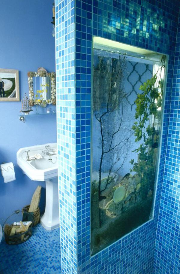 double-sided-aquarium-design-for-bathroom