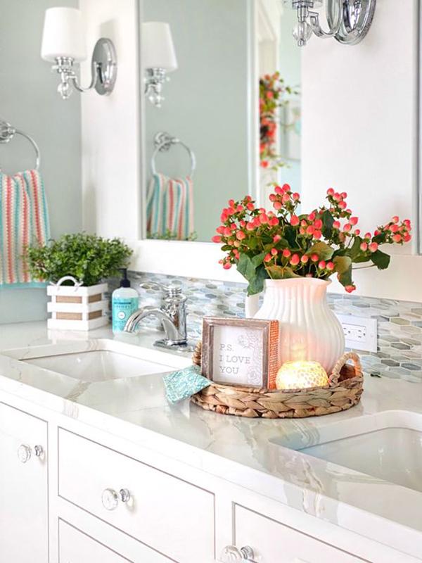 floral-spring-bathroom-design