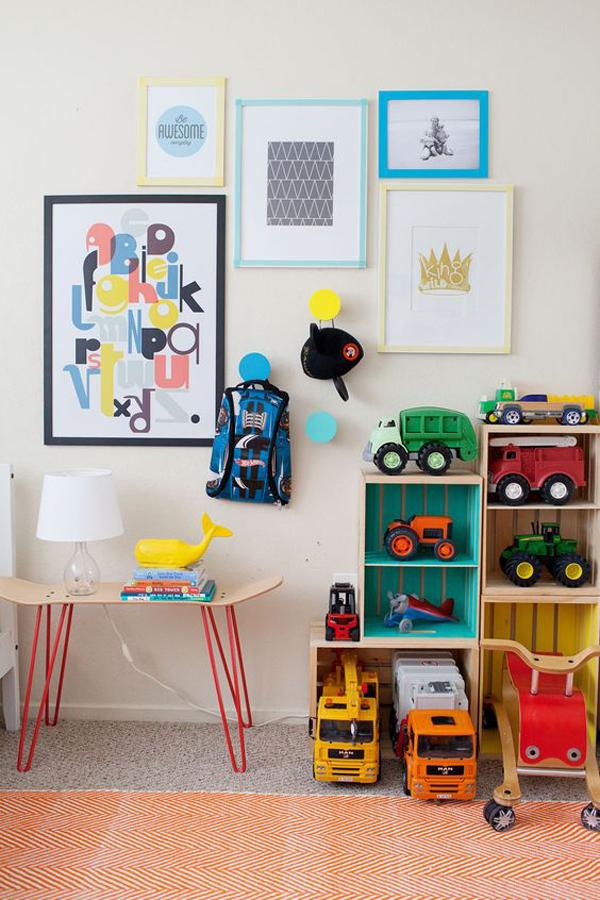fun-storage-ideas-with-gallery-wall-frame