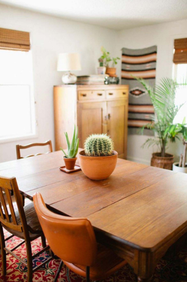 indoor-cactus-table-decorations