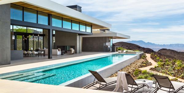luxury-backyard-pool-with-seating-areas