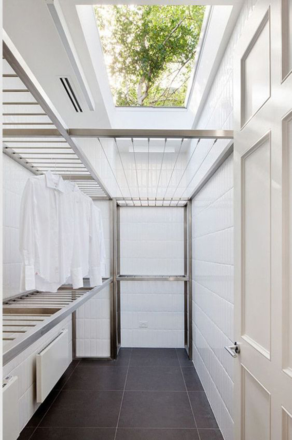 minimalist-drying-rack-with-skylight