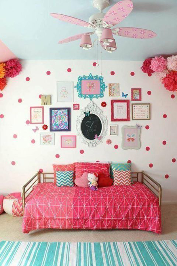 pink-girl-room-with-gallery-walls