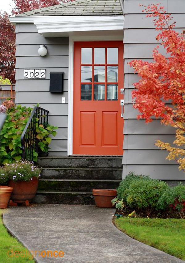 red-front-door-decoration