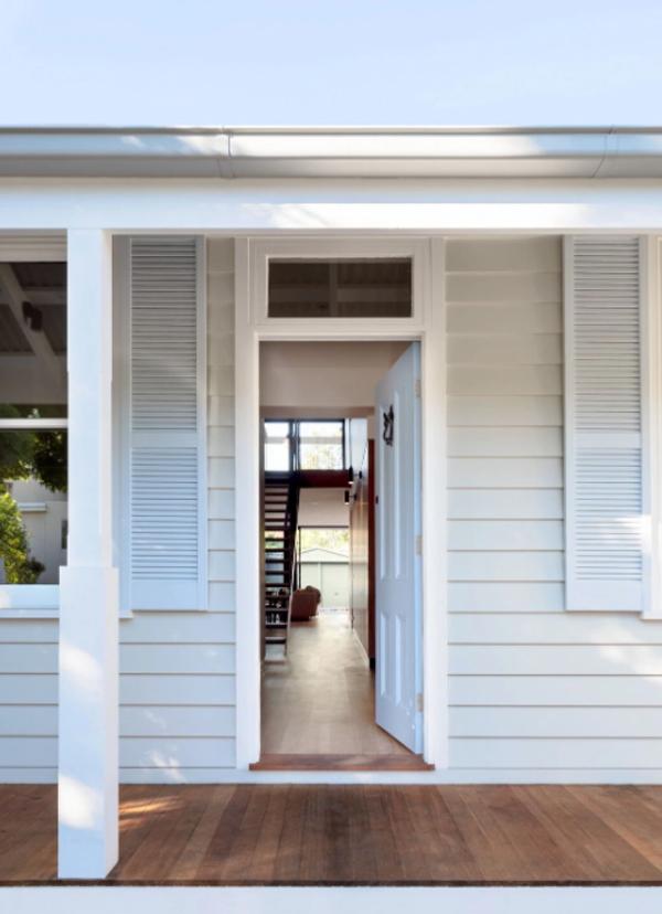 shadow-roll-house-front-door
