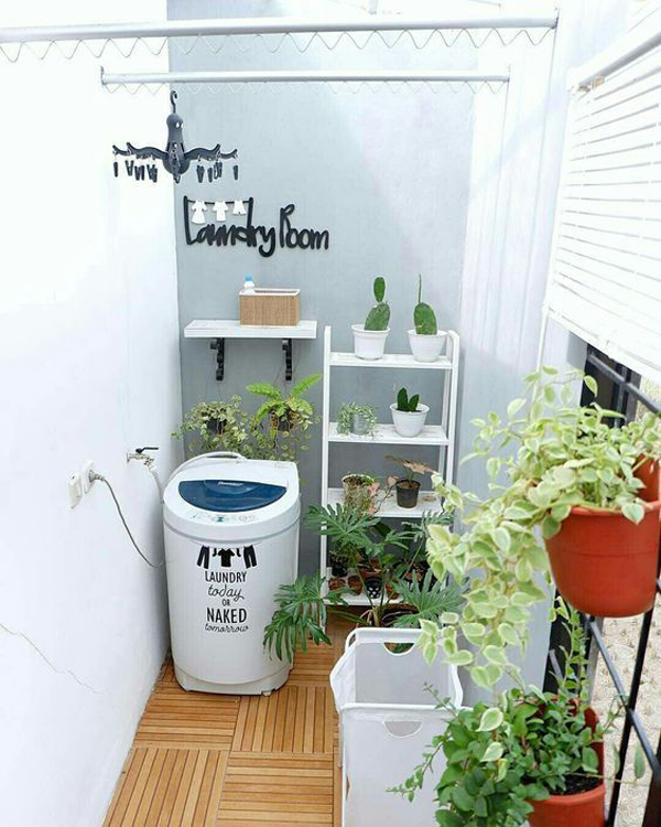 simple-laundry-and-drying-room-with-outdoor-concept