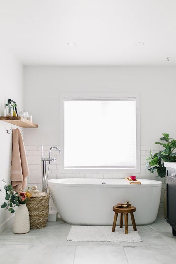 simple-spring-bathroom-design