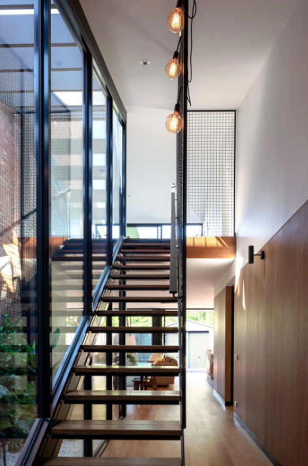 small-staircase-with-glass-wall