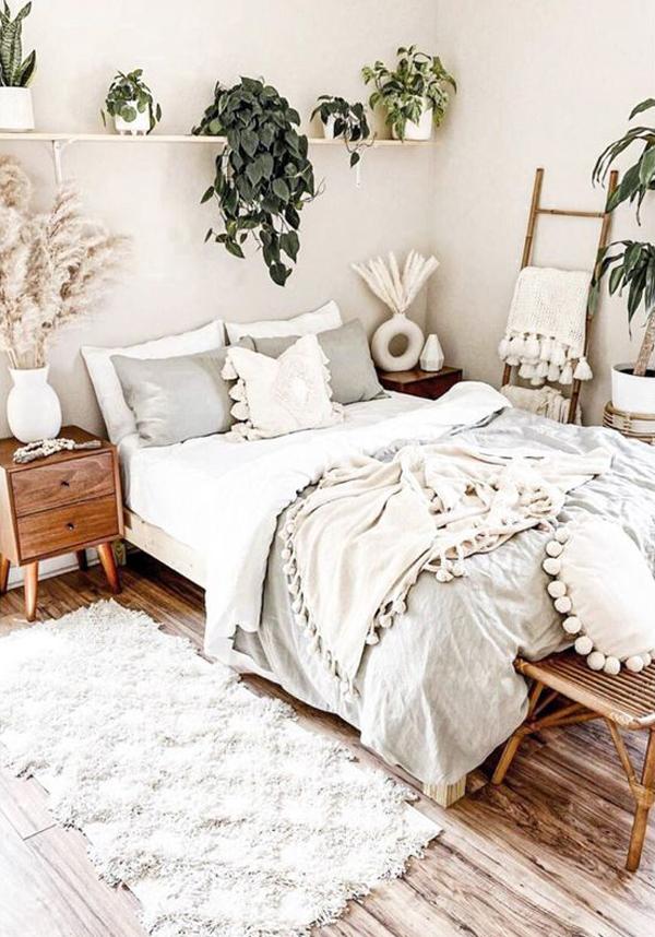 stylish-white-bohemian-bedroom-decor