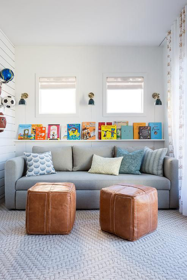 tiny-living-spaces-with-bookshelf-wall-decor