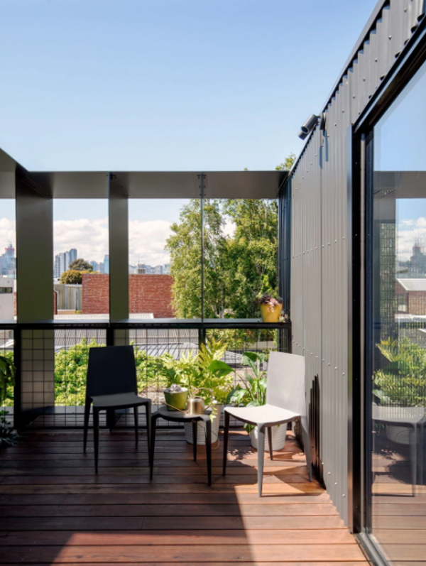 trendy-balcony-design