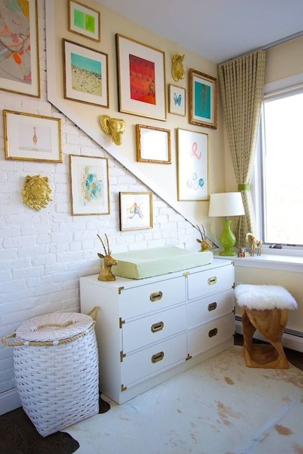 unique-kids-gallery-walls-with-brick-exposed