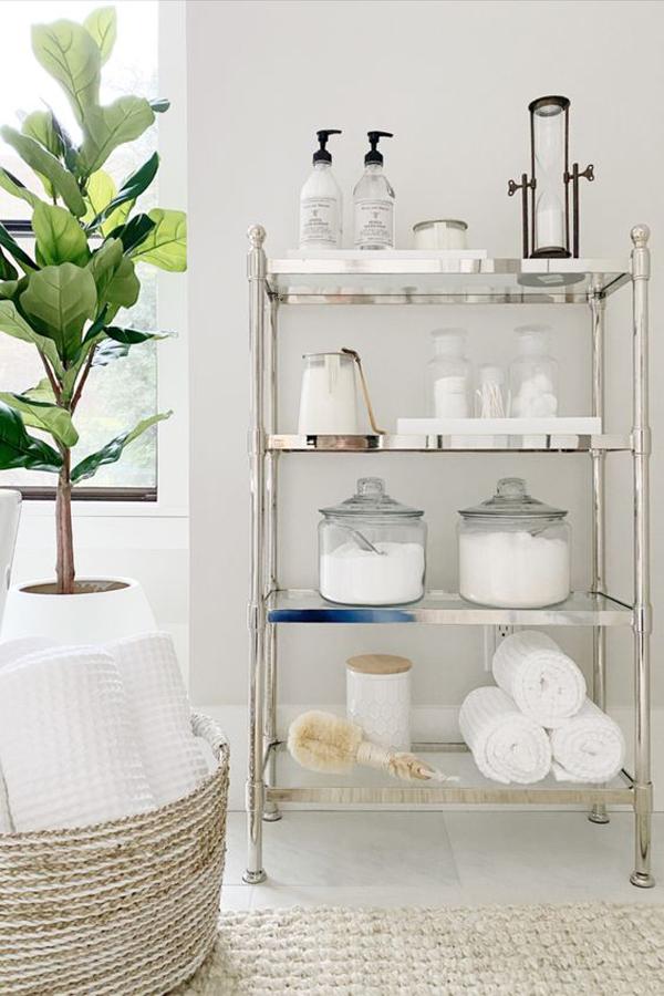 vintage-spring-bathroom-organization