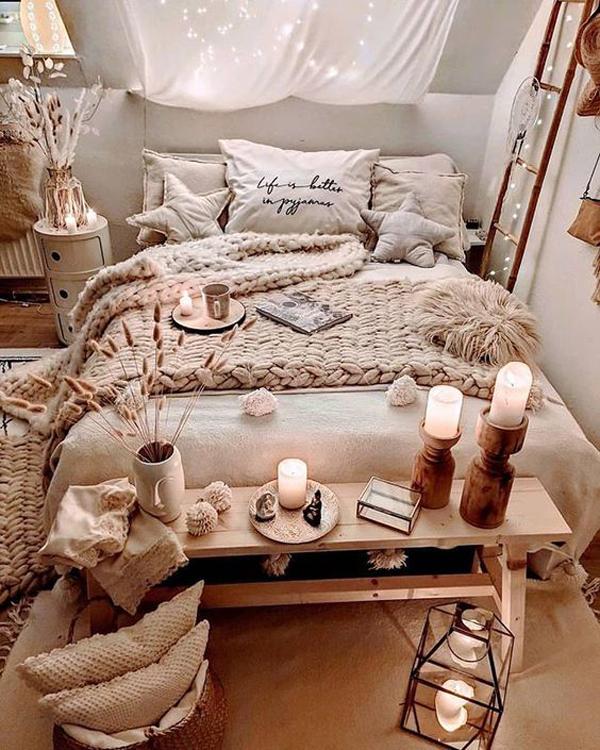 warm-and-cozy-bohemian-bedroom